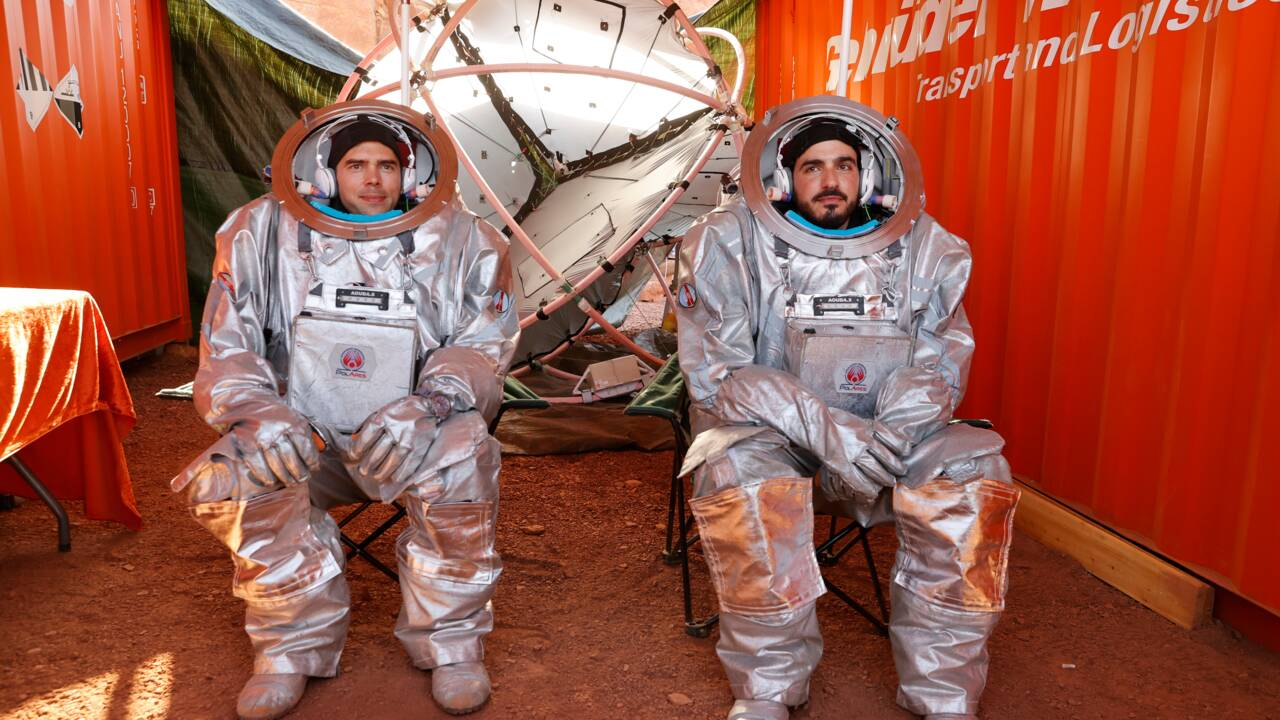"""Dans le désert israélien, des astronautes simulent la """"vie sur Mars"""""""