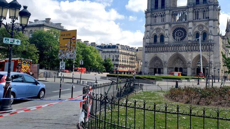 Notre-Dame de Paris après l'incendie