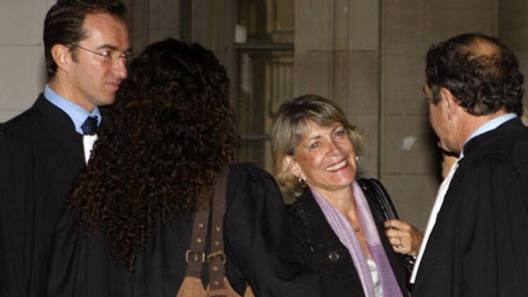 La porte-parole de l'Église de la Scientologie, Danielle Gounord, à l'ouverture du procès à Paris, le 27 octobre 2011. © REUTERS.