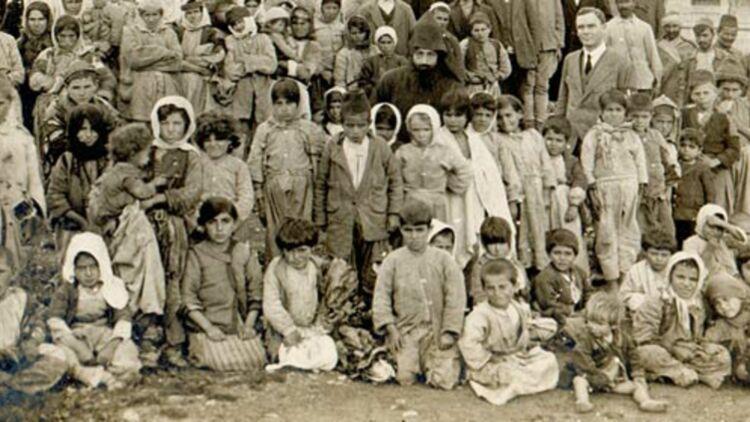 Survivants du génocide arménien rapatriés à Jérusalem en avril 1918 - Crédit : agbu via Flick'r