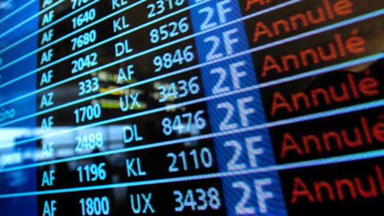 Vols annulés à Roissy, suite à la neige et au gel le 24 décembre 2010 - Crédit REUTERS