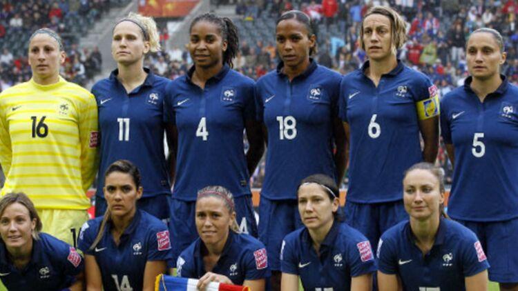 L'équipe de France féminine de football lors de la demi-finale de la Coupe du monde qui les opposait aux États-Unis, le 13 juillet dernier. Les Bleues se sont inclinées 3 à 1.© REUTERS.