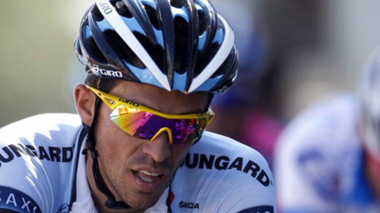 Bien souvent, la première réaction des sportifs contrôlés positif est de nier en bloc les accusations de dopage, comme Alberto Contador (ici lors de la première étape du Tour 2011) l'a fait depuis 2010. © REUTERS.