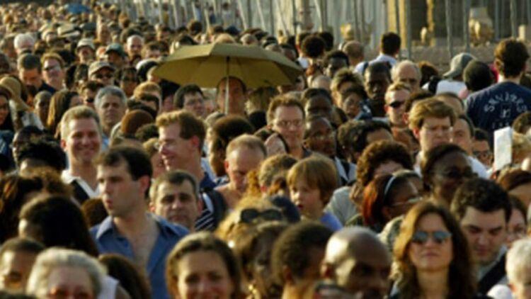 Tous les ans, la campagne de recensement de l'INSEE mobilise 23 000 agents en France. © REUTERS.