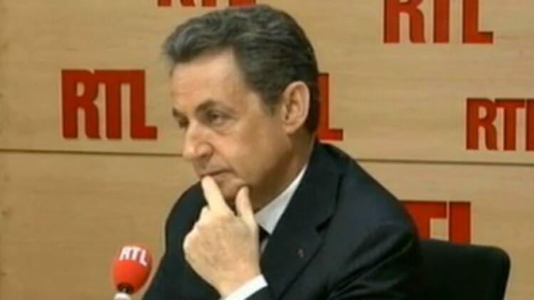 Lundi matin sur RTL, Nicolas Sarkozy a été collé par la question d'un auditeur sur le dispositif d'aide aux créateurs d'entreprises. © Capture d'écran RTL
