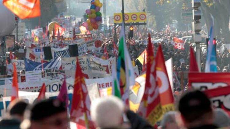 A Paris, des fonctionnaires de la préfecture de police et des syndicalistes seront chargés de compter les manifestants du 1er mai. © REUTERS