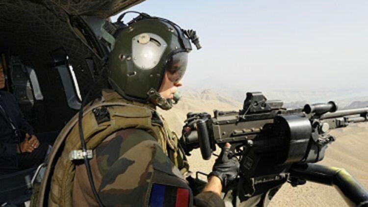 Nicolas Sarkozy avec les militaires français en Afghanistan © REUTERS
