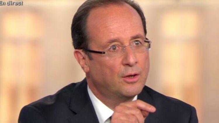 François Hollande sur le plateau de France 2, lors du débat du 2 mai 2012. © REUTERS