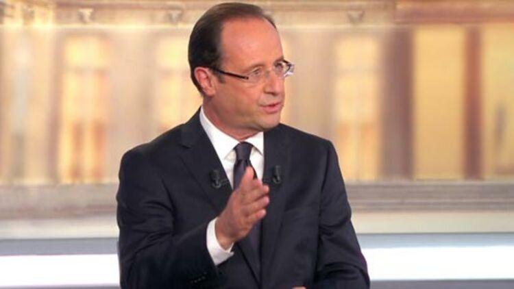 François Hollande, sur le plateau de France 2, lors du débat du mercredi 2 mai 2012. © REUTERS
