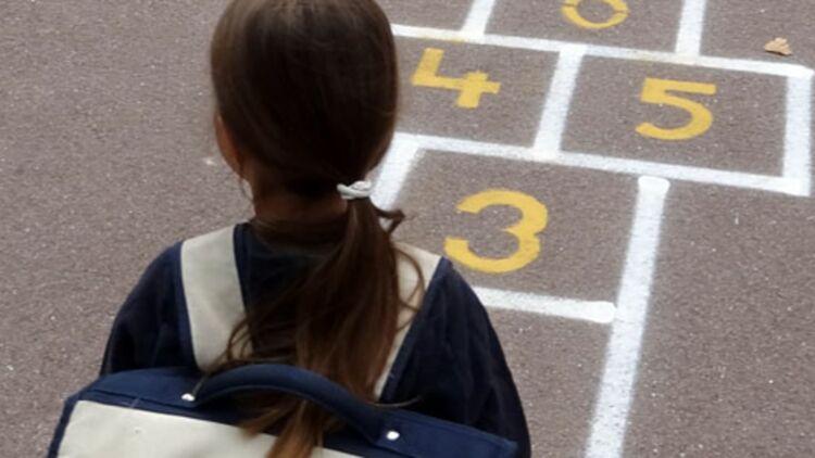 Vincent Peillon a annoncé son intention de revenir à la semaine de cinq jours, à l'école primaire, ce 17 mai 2012. © REUTERS