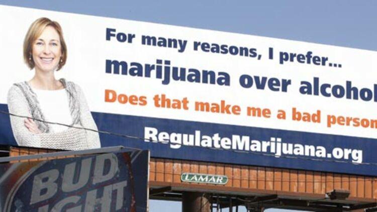 Une publicité pour promouvoir la légalisation du cannabis à Denver (Colorado), dans l'attente du référendum du 6 novembre 2012. © REUTERS