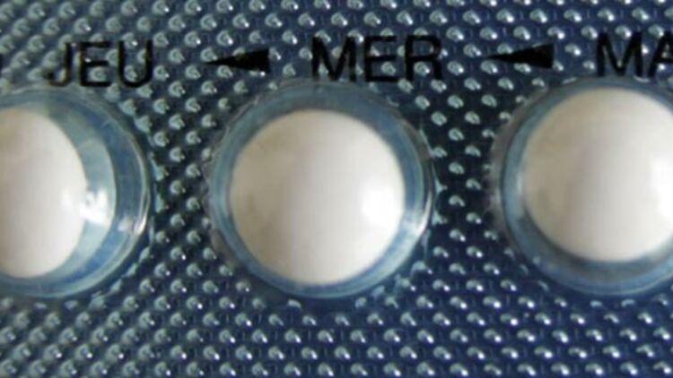 gros plan d'une plaquette de pilule contraceptive. © REUTERS
