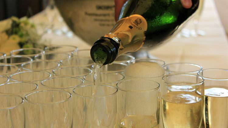 champagne, mousse, bulles, vin, alcool