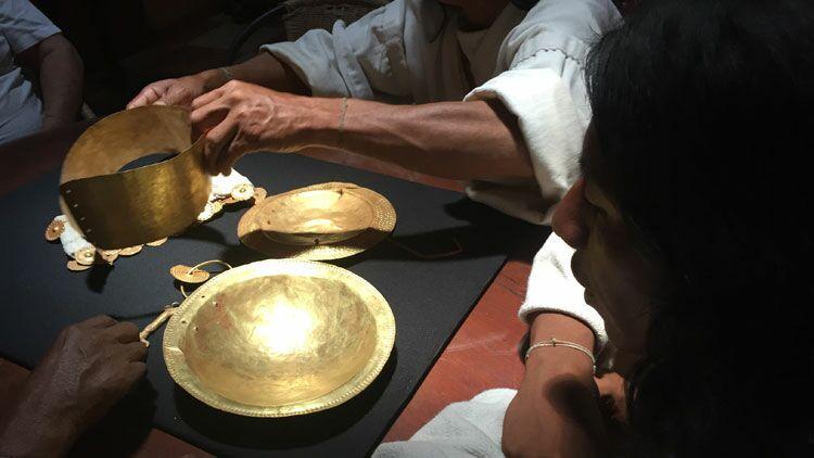 indiens kogi, objets en or