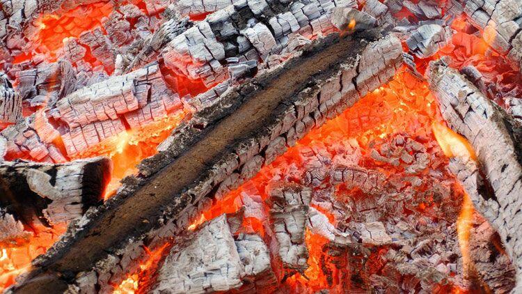 braises, incendie