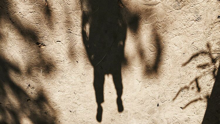 fantômes, ombre, traces