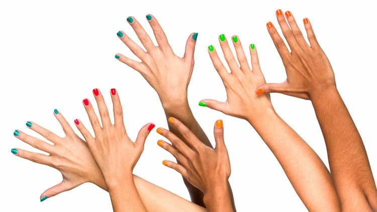 ongles, taches blanches, couleur