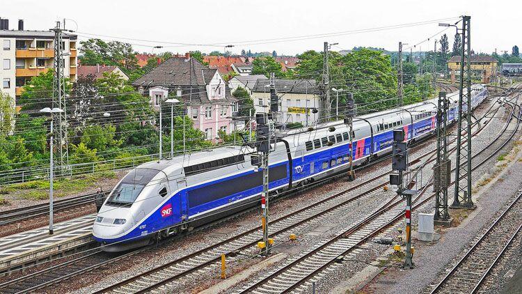 gauche, trains