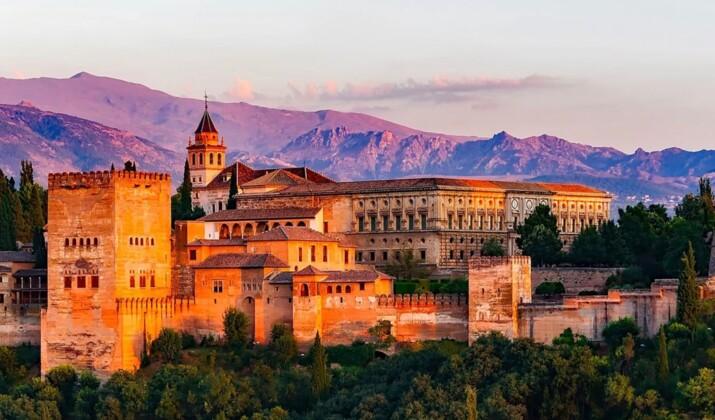 Espagne : la Mezquita de Cordoue, monument majeur de l'architecture islamique