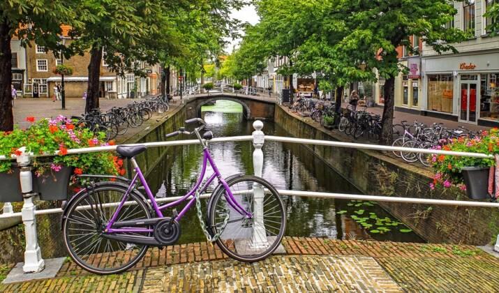 Aux Pays-Bas, des vestiges de l'époque romaine couverts de boue menacés par une digue