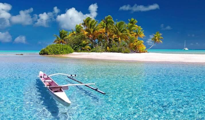 VIDÉO 360° - À Tahiti, à bord d'une pirogue polynésienne