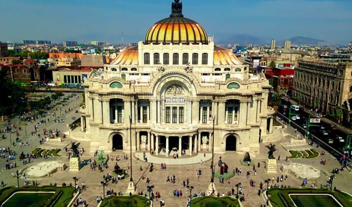 Mexico: opération de sauvetage dans un bâtiment de Colonia Roma