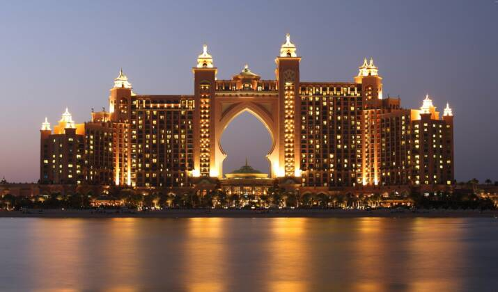 VIDÉO - À quoi ressemble le Louvre d'Abu Dhabi ?