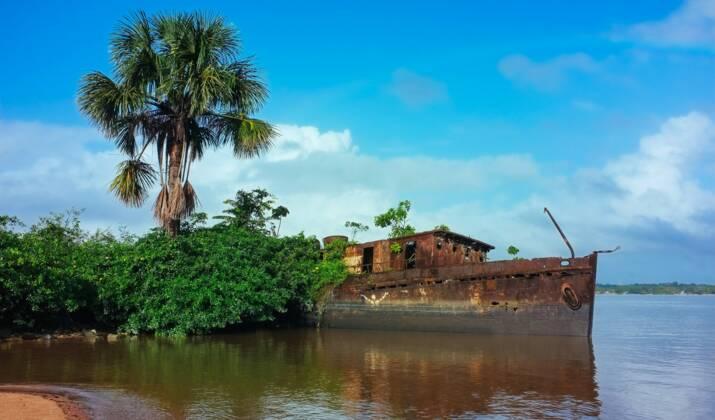Il a survécu 46 jours dans la jungle guyanaise, le jeune aventurier Eliott Schonfeld raconte