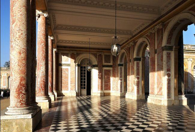 Versailles va recevoir son marbre avec 349 ans de retard