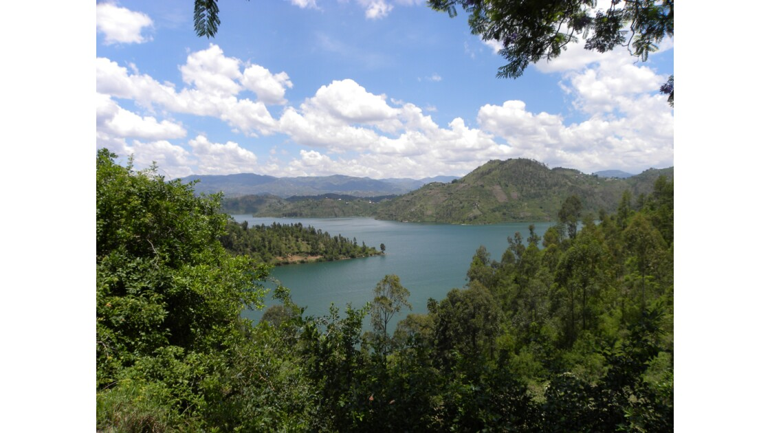 RWANDA LAC KIVU KIBUYE