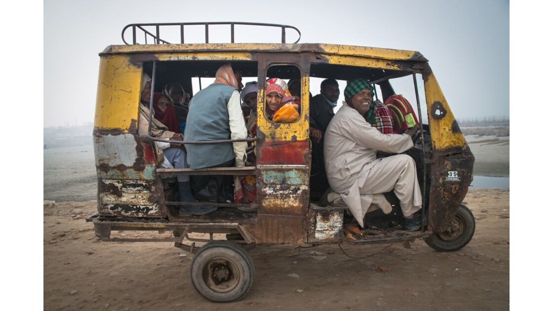 The Yellow cab , India
