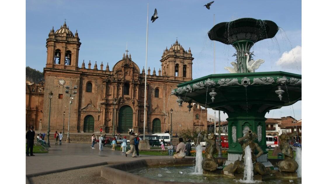 la ,place d'armes  à Cusco