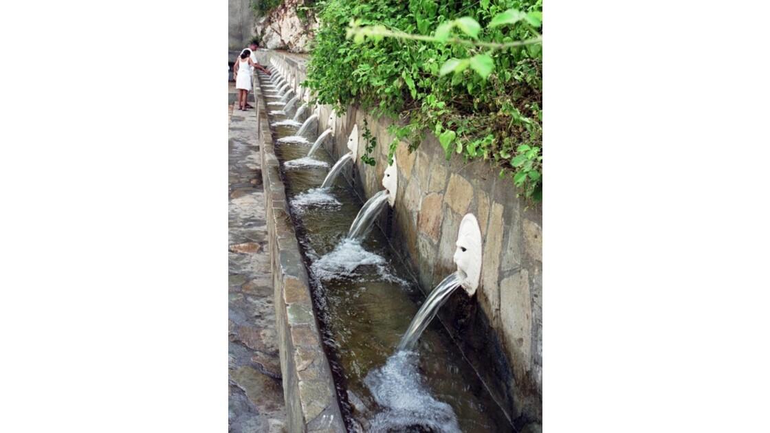 les fontaines de Spili