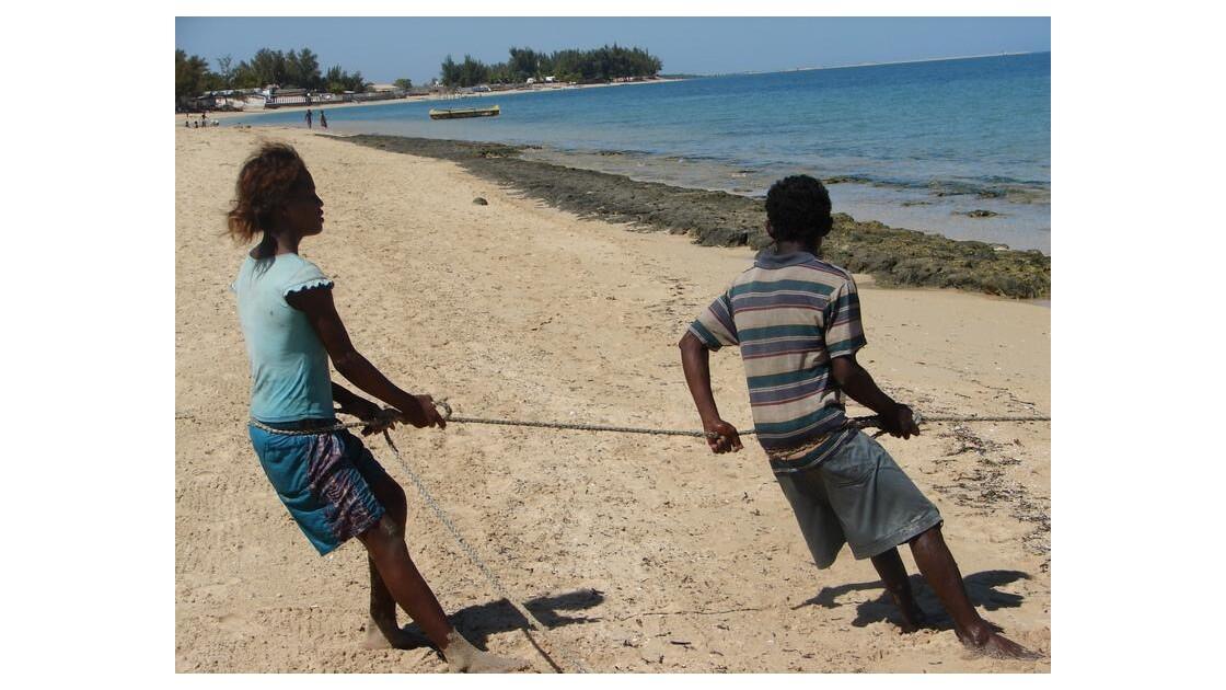 Pêcheurs à Ifaty (près de Tulear)