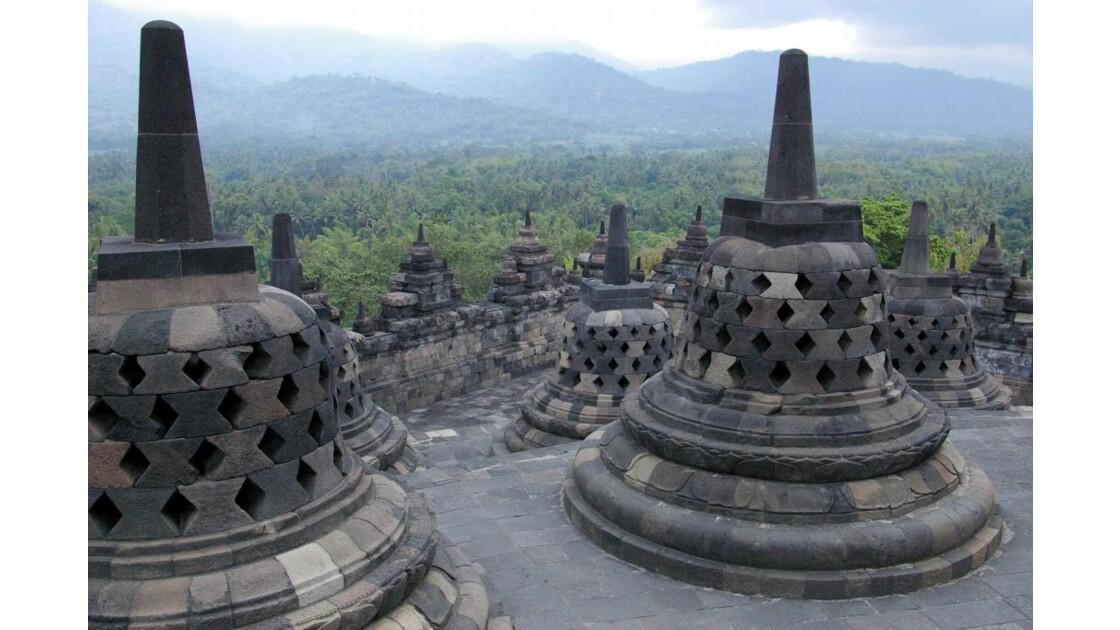 Stûpas du temple de Borobudur