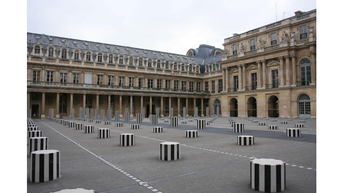 Colonnes de Buren Palais Royal