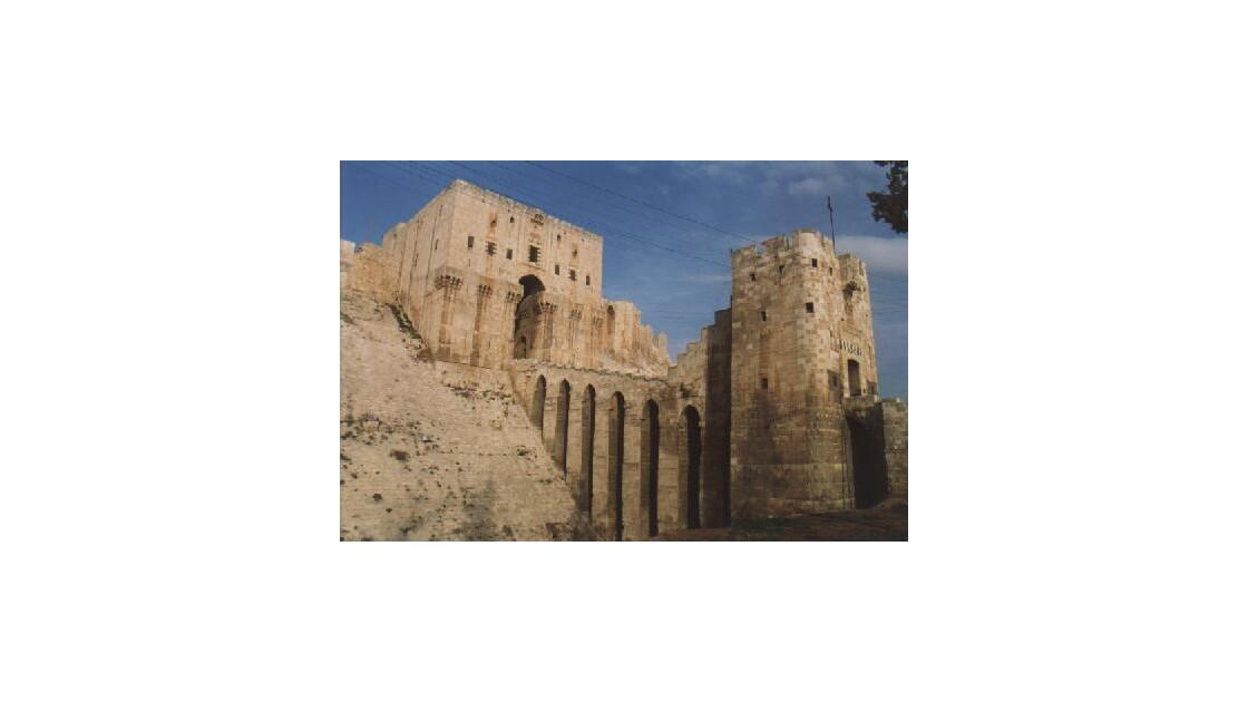 Alep- encore la  citadelle somptueuse