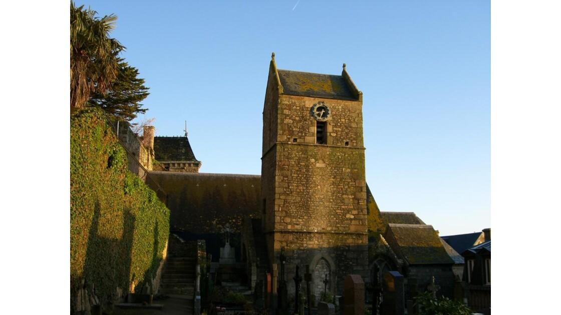 L'église et le cimetière du village
