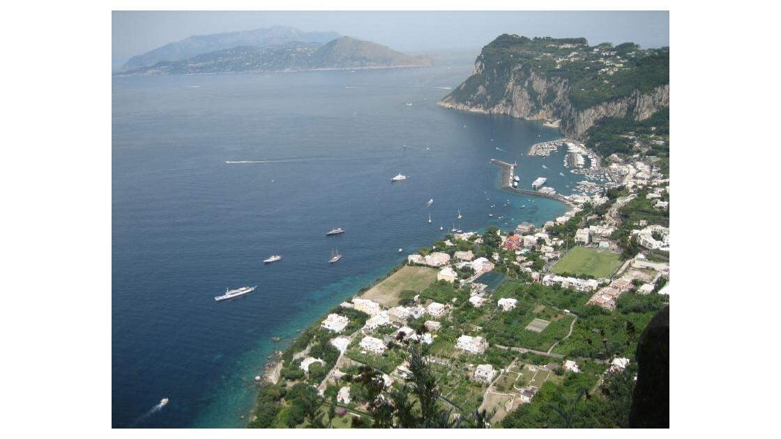Isthme_de_Sorrente_Vu de Capri