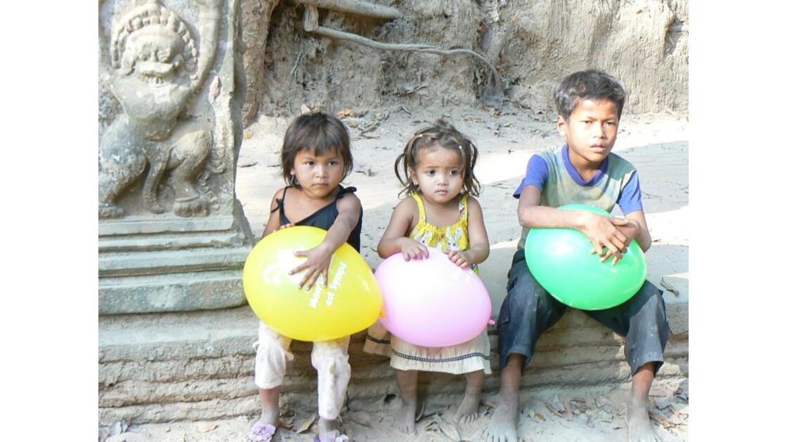 Cambodgiens à Angkor