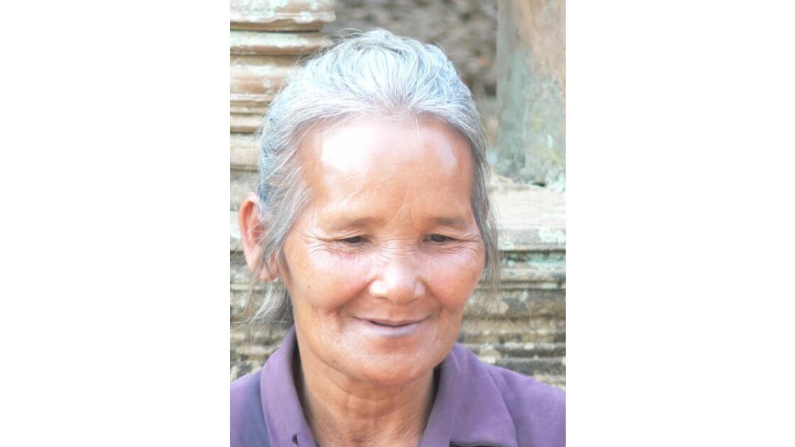 Cambodgienne d'Angkor
