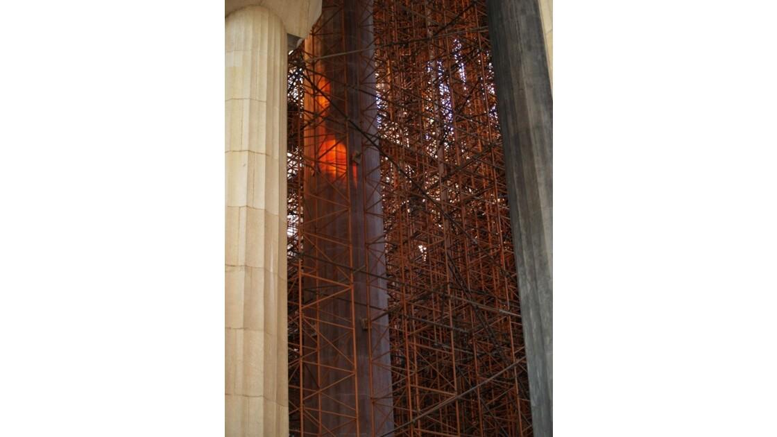 Piliers de fer/piliers de pierre.JPG