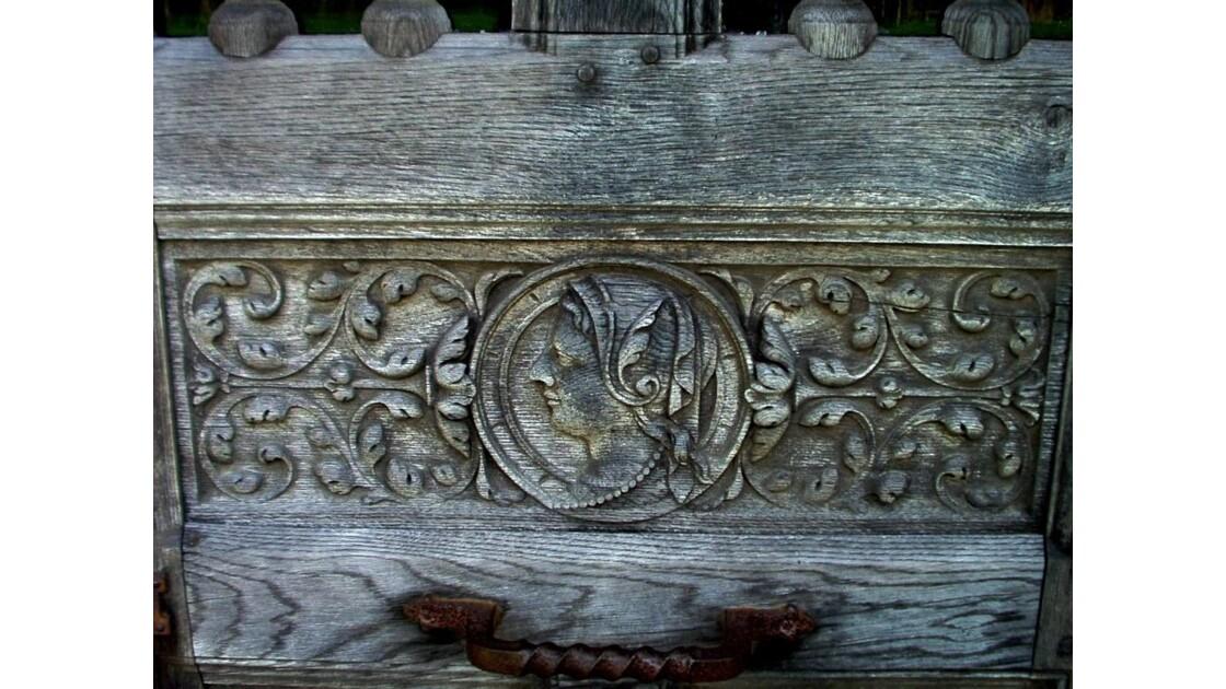 Détail porte du chateau