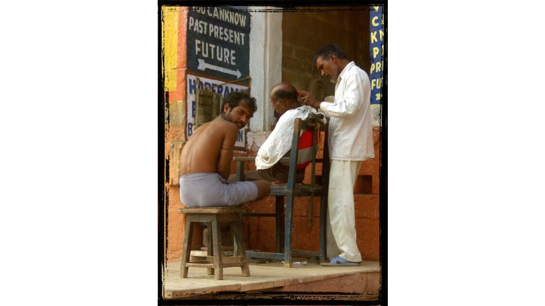 Il barbiere di Varanasi