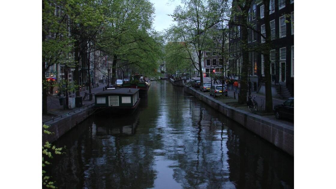 canal-d Amsterdam.jpg