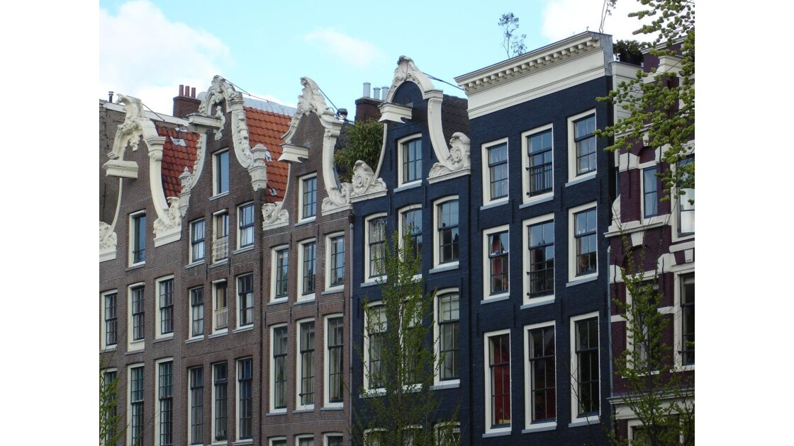 maisons_d Amsterdam.jpg