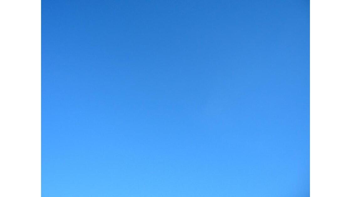 Bleu ... Ciel ...