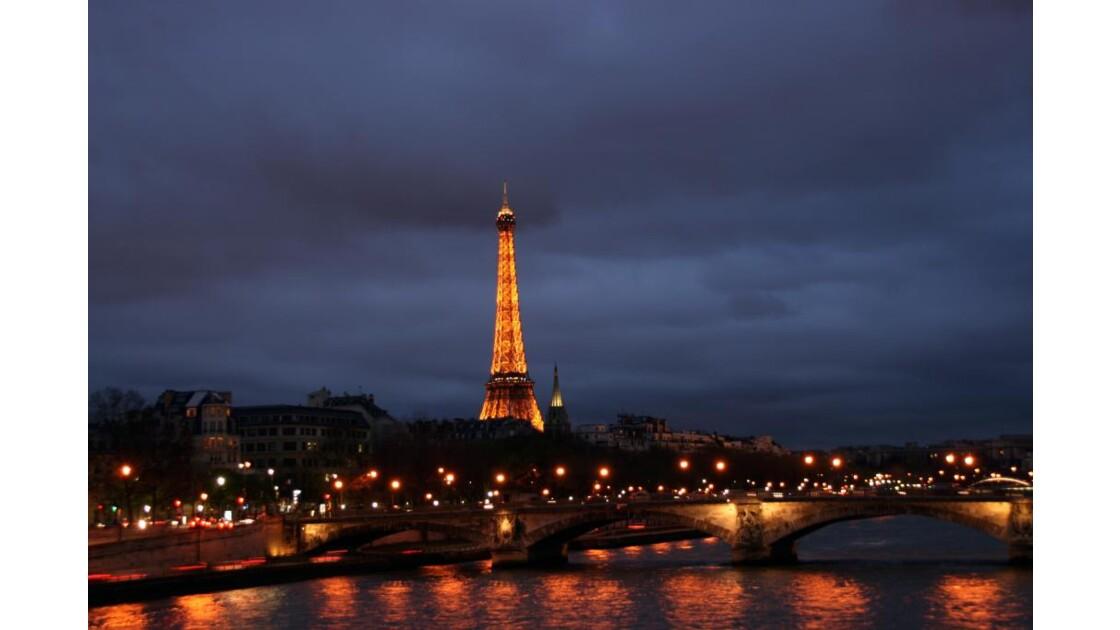 """Vue de Paris """"by night"""""""
