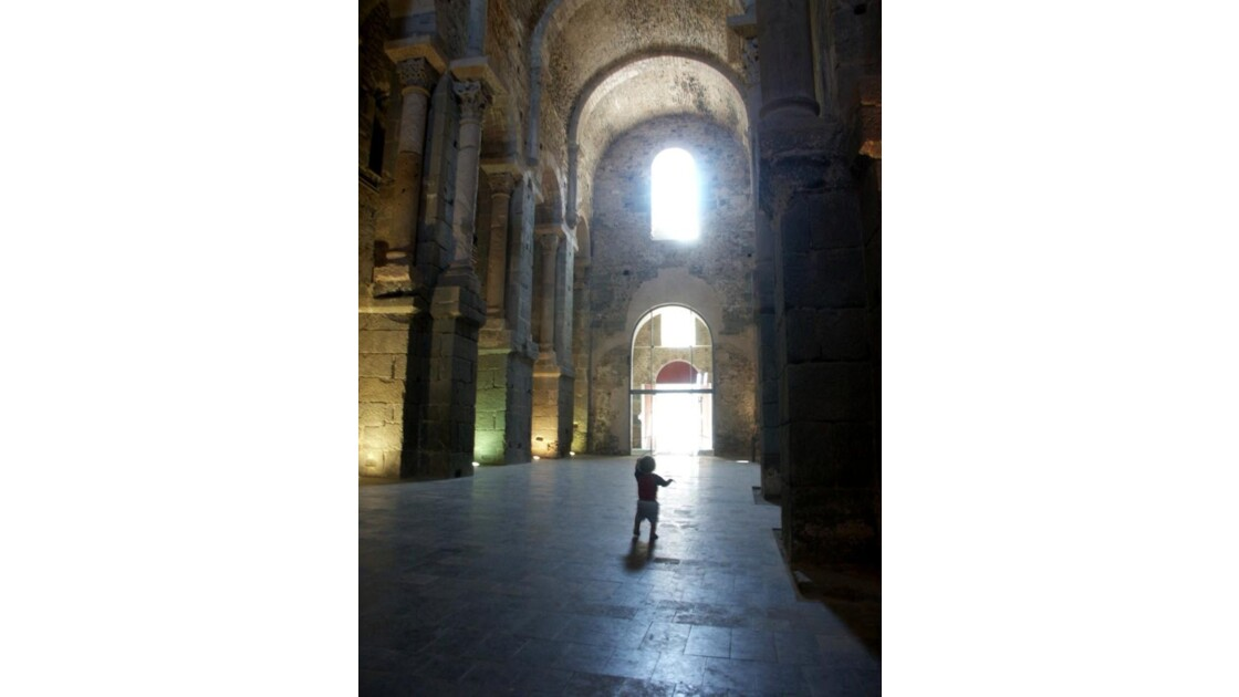 Lumière de St Pere de Rodes