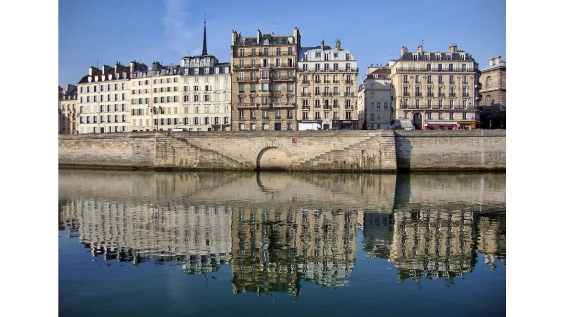 Reflet bord de Seine